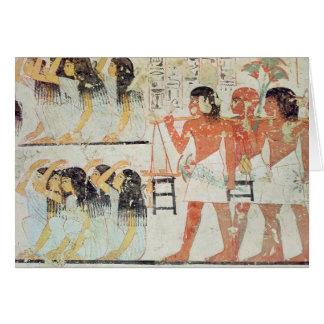 Grupo de deudos en el cortejo fúnebre tarjeton