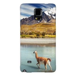 Guanaco que cruza el río en Torres del Paine Funda Galaxy Note 4