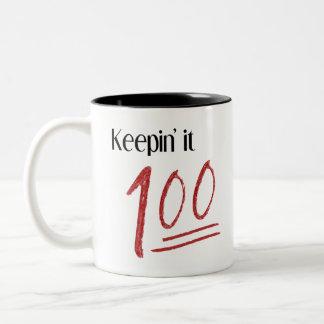 Guardándolo taza 100