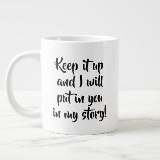 Guarde el escribir de la taza