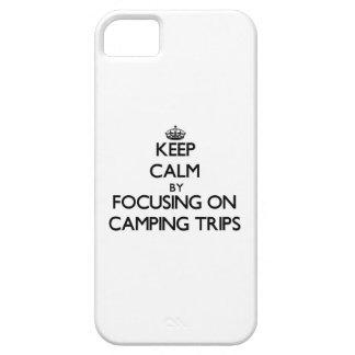 Guarde la calma centrándose en acampadas iPhone 5 coberturas