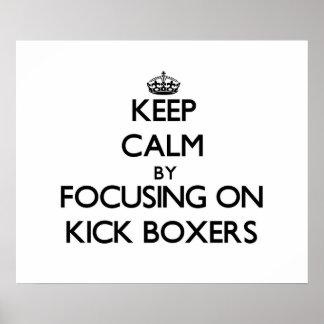 Guarde la calma centrándose en boxeadores del retr
