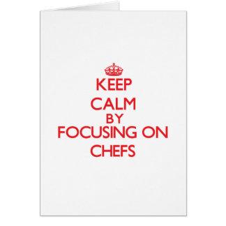 Guarde la calma centrándose en cocineros felicitaciones