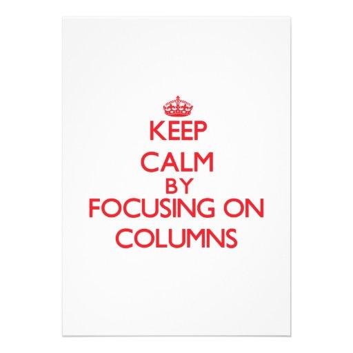 Guarde la calma centrándose en columnas anuncio personalizado