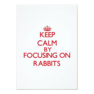 Guarde la calma centrándose en conejos comunicado personal