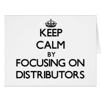 Guarde la calma centrándose en distribuidores