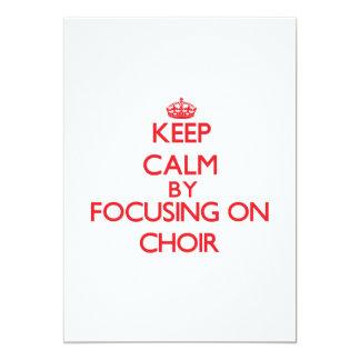 Guarde la calma centrándose en el coro invitación 12,7 x 17,8 cm