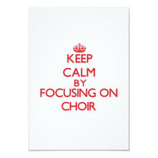 Guarde la calma centrándose en el coro invitación 8,9 x 12,7 cm