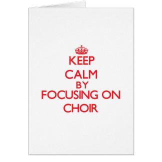 Guarde la calma centrándose en el coro felicitaciones