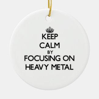 Guarde la calma centrándose en el metal pesado ornamentos para reyes magos
