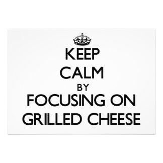 Guarde la calma centrándose en el queso Grilled