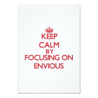 Guarde la calma centrándose en ENVIDIOSO Invitación 8,9 X 12,7 Cm