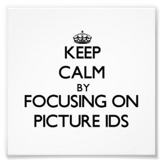 Guarde la calma centrándose en Ids de la imagen