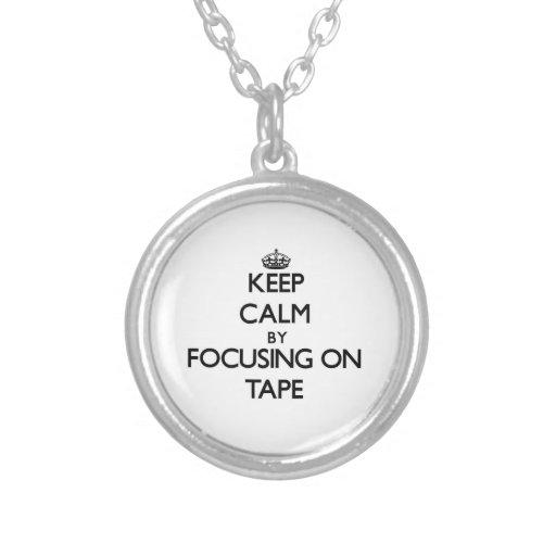 Guarde la calma centrándose en la cinta collares personalizados