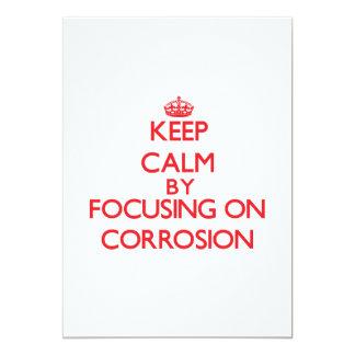 Guarde la calma centrándose en la corrosión invitación 12,7 x 17,8 cm