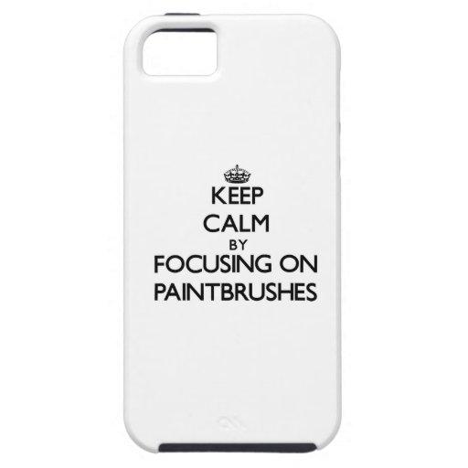 Guarde la calma centrándose en las brochas iPhone 5 Case-Mate carcasas