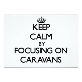 Guarde la calma centrándose en las caravanas anuncio