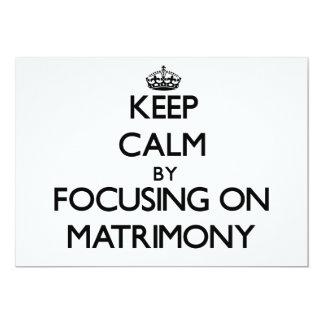 Guarde la calma centrándose en matrimonio comunicados personalizados