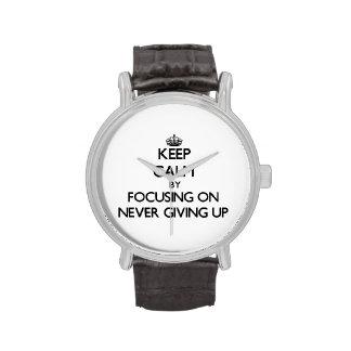 Guarde la calma centrándose en nunca el donante pa relojes de mano