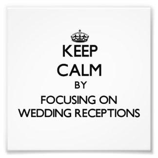 Guarde la calma centrándose en recepciones nupcial