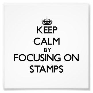Guarde la calma centrándose en sellos