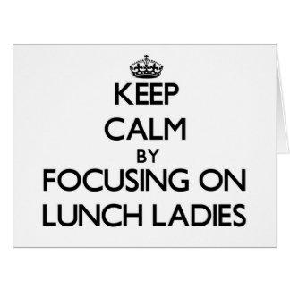Guarde la calma centrándose en señoras del almuerz