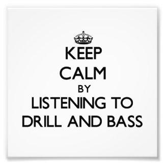 Guarde la calma escuchando el TALADRO Y EL BAJO