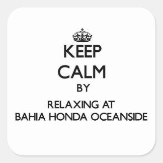 Guarde la calma relajándose en la costa Flo de Bah Pegatinas Cuadradas Personalizadas