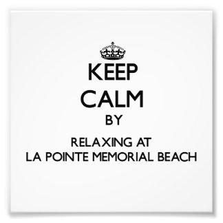 Guarde la calma relajándose en la playa del monume fotografia
