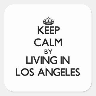 Guarde la calma viviendo en Los Ángeles Calcomanías Cuadradases