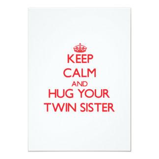 Guarde la calma y ABRACE a su hermana gemela Comunicado