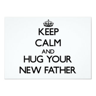 Guarde la calma y abrace a su nuevo padre invitaciones personalizada