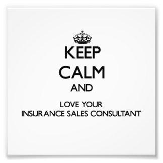 Guarde la calma y ame a su consultor de las ventas