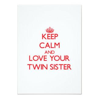 Guarde la calma y ame a su hermana gemela invitacion personal