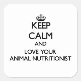 Guarde la calma y ame a su nutricionista animal pegatina cuadrada