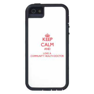 Guarde la calma y ame a un doctor de la salud de l iPhone 5 carcasa