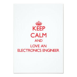 Guarde la calma y ame a un ingeniero electrónico invitación 12,7 x 17,8 cm