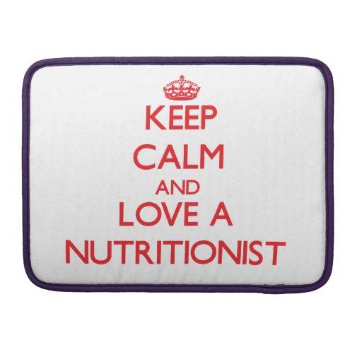Guarde la calma y ame a un nutricionista fundas para macbook pro