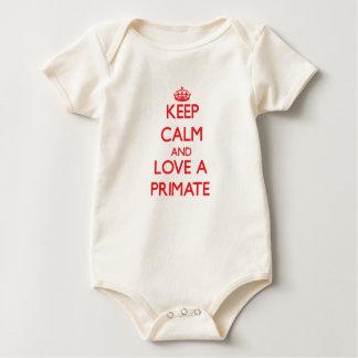 Guarde la calma y ame a un primate bodi de bebé