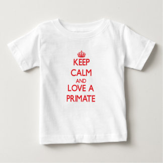 Guarde la calma y ame a un primate camisetas