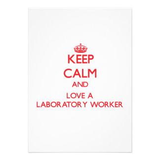 Guarde la calma y ame a un técnico de laboratorio comunicados