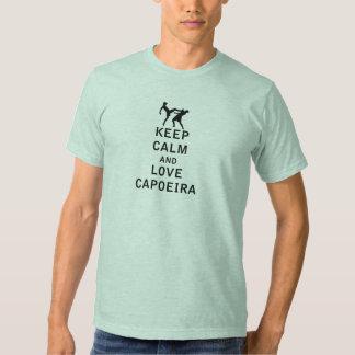 Guarde la calma y ame Capoeira Camisetas