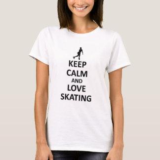 Guarde la calma y ame el patinar camiseta