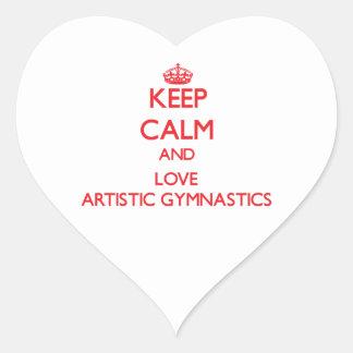Guarde la calma y ame la gimnasia artística pegatina de corazón
