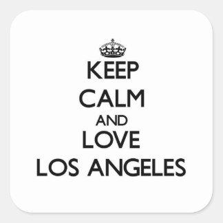 Guarde la calma y ame Los Ángeles Calcomanía Cuadradase