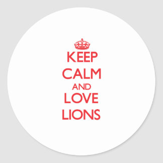 Guarde la calma y ame los leones etiquetas redondas