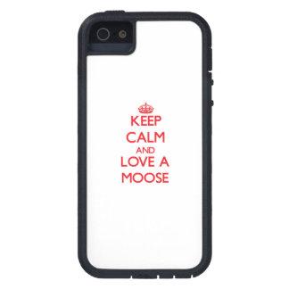 Guarde la calma y ame un alce iPhone 5 carcasa