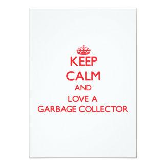 Guarde la calma y ame un colector de basura invitación 12,7 x 17,8 cm