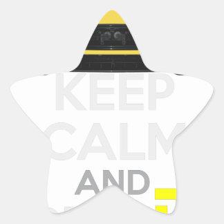 Guarde la calma y condúzcala - bacalao. pegatina en forma de estrella