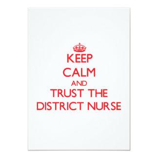 Guarde la calma y confíe en a la enfermera del comunicado personal